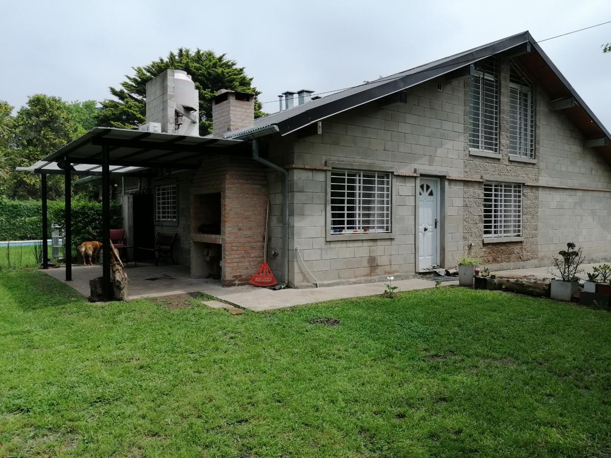 Foto Casa en Venta en  Robles del Monarca,  Pilar  El Hornero esq. L N Alem, Robles del Monarca