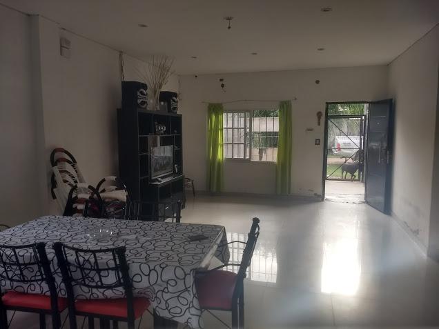 Foto Casa en Venta en  Los Pozos,  Cañuelas  De La Fuente Nº al 300