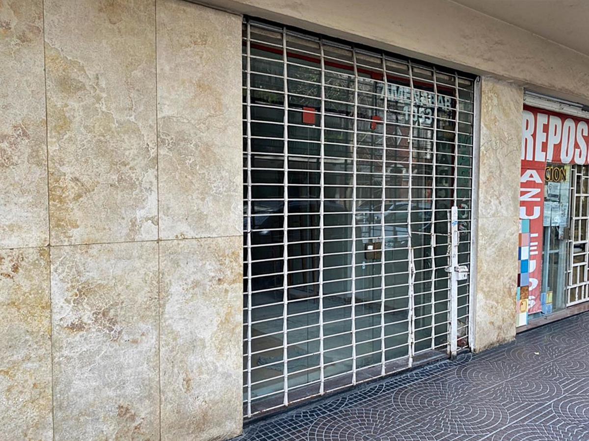Foto Local en Venta en  Colegiales ,  Capital Federal  Amenábar al 1000