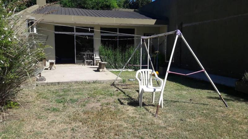 Foto Casa en Venta en  Banfield Este,  Banfield  CAPDEVILA 344