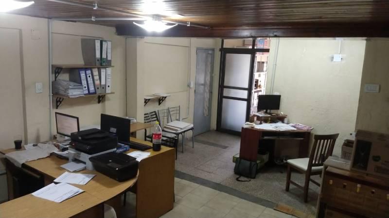 Foto Galpón en Venta en  Rosario ,  Santa Fe  PARAGUAY  al 4000
