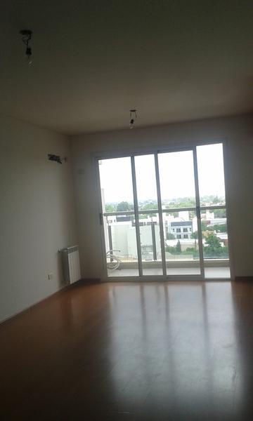 Foto Departamento en Venta | Alquiler en  Lomas De Zamora ,  G.B.A. Zona Sur  Saavedra al 300