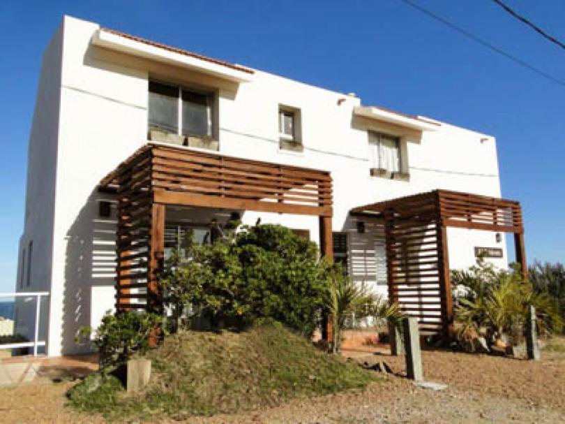 Foto Casa en Venta en  Punta del Diablo ,  Rocha  Simón Bolivar y Oceano Atlantico Punta del Diablo Rocha