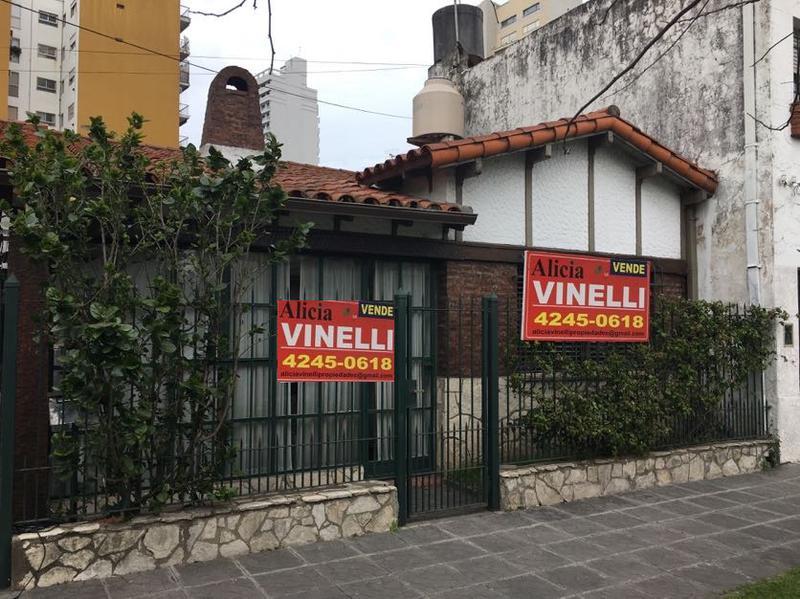 Foto Casa en Venta en  Lomas de Zamora Este,  Lomas De Zamora  Junin 37