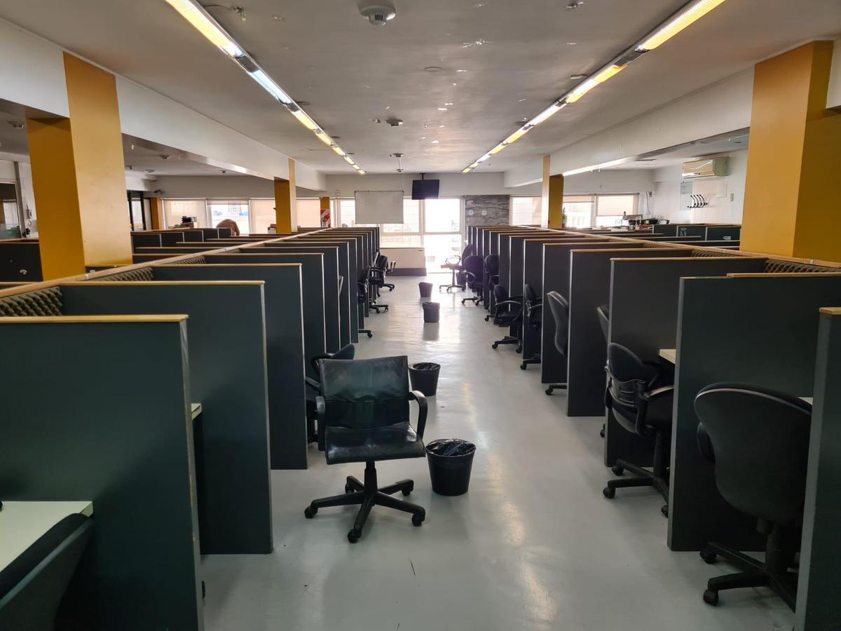 Foto Oficina en Alquiler en  Microcentro,  Centro (Capital Federal)  Maipú 300