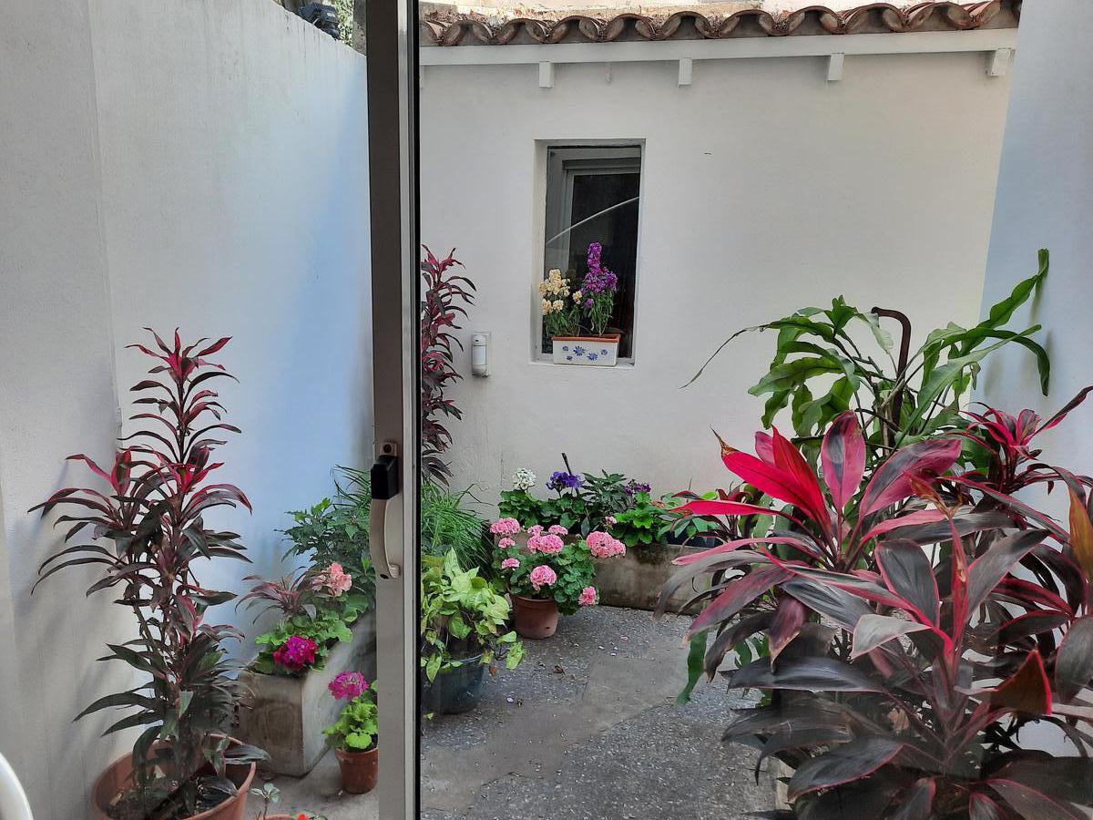 Foto Casa en Venta en  Libertador al Río,  Vicente López  Julio A. Roca al 1200