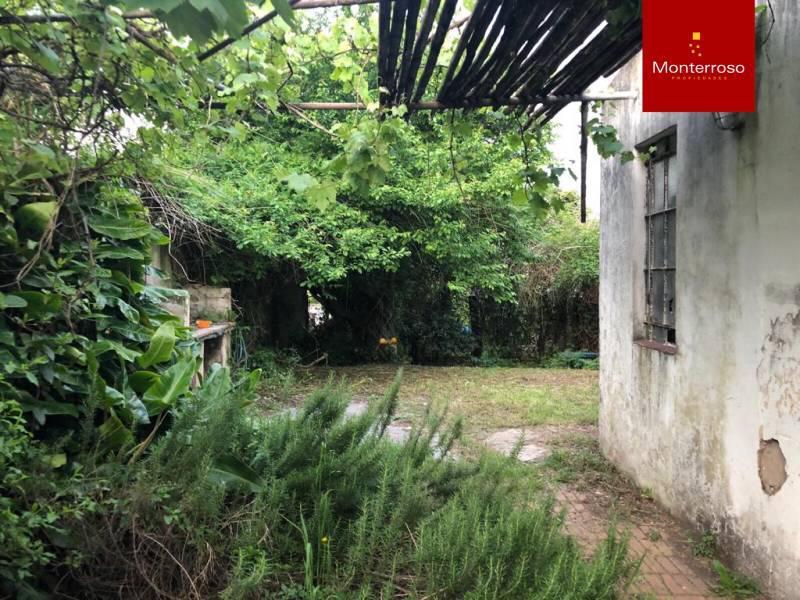Foto Casa en Venta en  Quilmes,  Quilmes  Derqui al 900