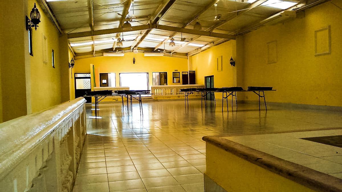 Foto Local en Venta en  Chichen-itza,  Mérida  LOCAL EN VENTA EN COL CHICHEN ITZA