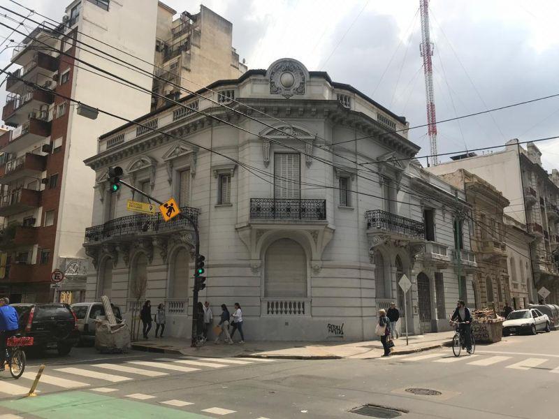 Foto Casa en Venta en  Recoleta ,  Capital Federal  Mansilla 2600