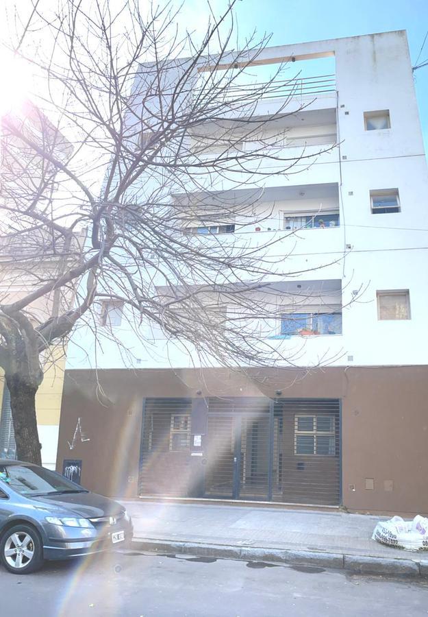Foto Departamento en Venta en  La Plata ,  G.B.A. Zona Sur  3 e/ 56 y 57