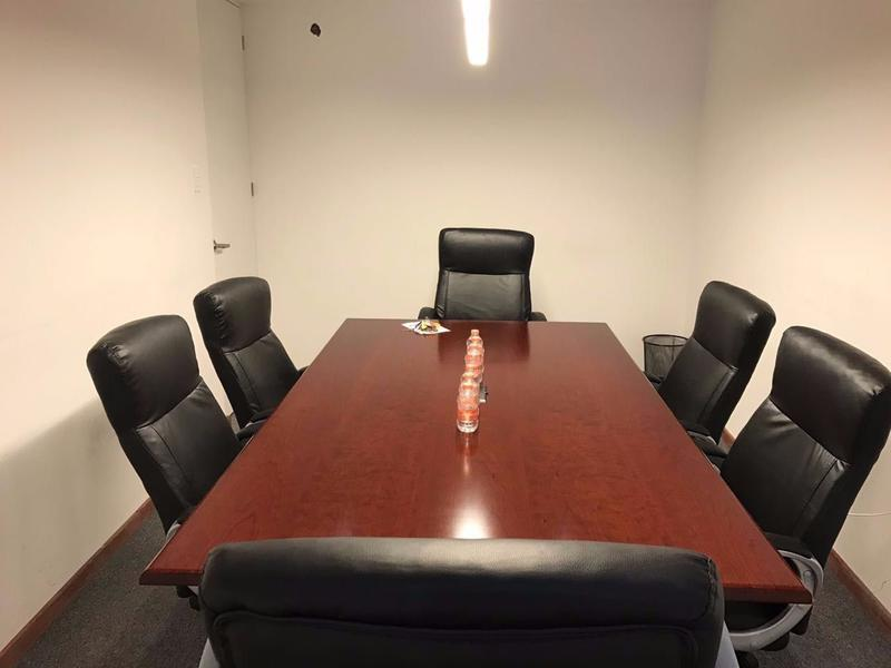 Foto Oficina en Renta en  Anzures,  Puebla  Oficina en renta zona Plaza Dorada, oficina de 12m2 con sala de Juntas