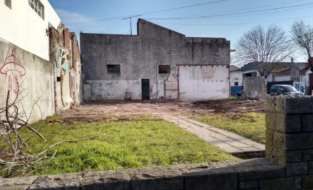 Foto Terreno en Venta en  San Cayetano,  Mar Del Plata  AV LURO 7000
