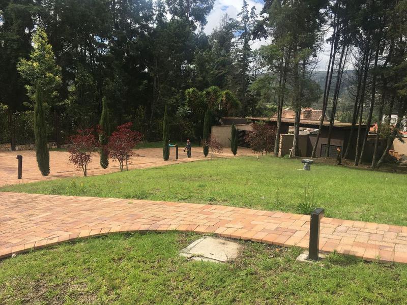 Foto Terreno en Venta en  Norte de Cuenca,  Cuenca  Panamericana Norte