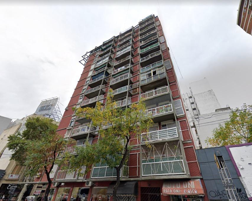 Foto Departamento en Alquiler en  Balvanera ,  Capital Federal  Av. Jujuy 420, 8° B