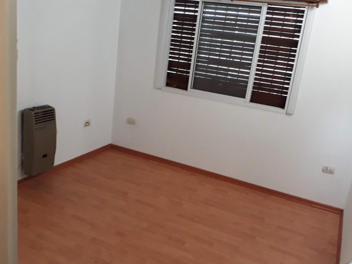 Foto Casa en Venta en  La Plata ,  G.B.A. Zona Sur          41 e/ 137 y 138