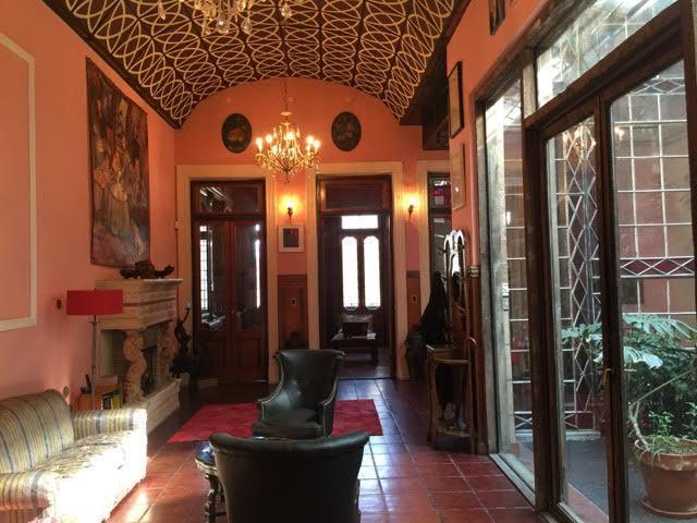 Foto Casa en Venta en  San Telmo ,  Capital Federal   México al 400