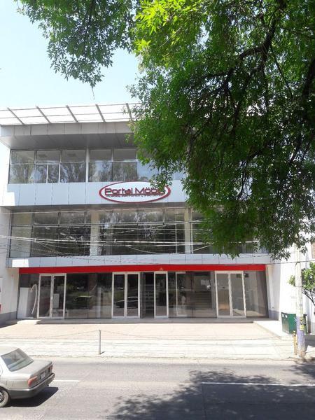 Foto Edificio Comercial en Renta |  en  La Luneta,  Zamora  Local Comercial