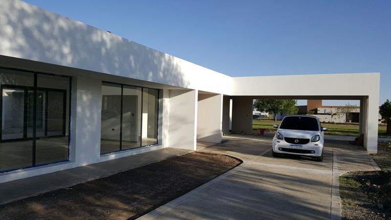 Foto Casa en Venta en  Villa Carlos Paz,  Punilla  Causana