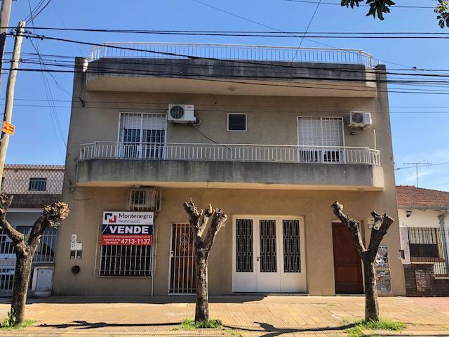 Foto Casa en Venta en  Villa Ballester,  General San Martin  Industria N° 800