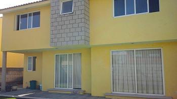Foto Casa en condominio en Venta en  Llano Grande,  Metepec  CASA EN VENTA EN FRACCIONAMIENTO FINCA REAL METEPEC,  ESTADO DE  MÉXICO