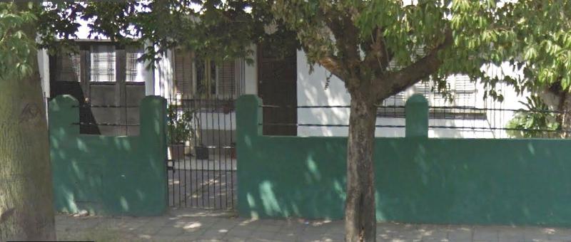 Foto Casa en Venta en  Temperley Este,  Temperley  PORTUGAL al 800