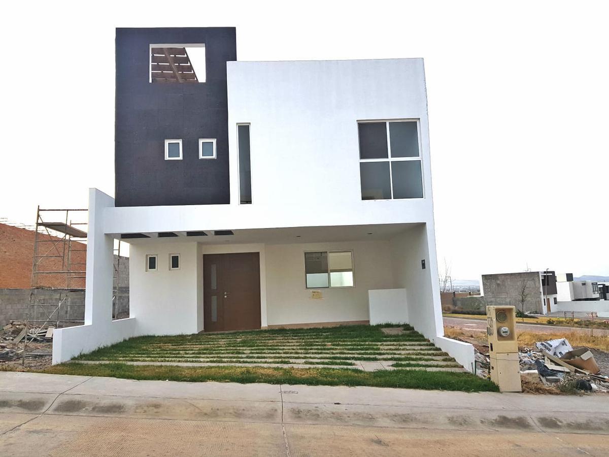 Foto Casa en Renta en  Aguaje,  San Luis Potosí  CASA EN RENTA EN CAMPO AZUL , EN PRIVADA CON ACCESO CONTROLADO