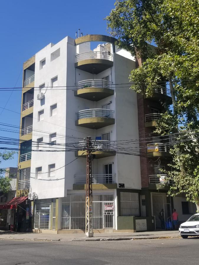 Foto Departamento en Venta en  Luis Agote,  Rosario  IRIONDO al 500