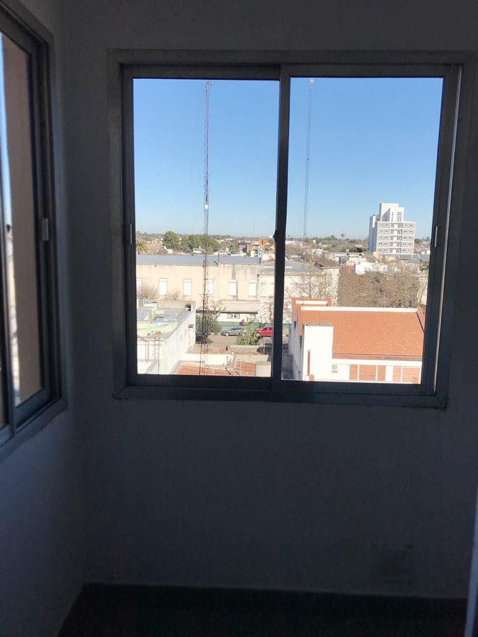 Foto Departamento en Alquiler en  General Pico,  Maraco  Calle 15 e/ 18 y Av. - 4C Ed. Los Girasoles