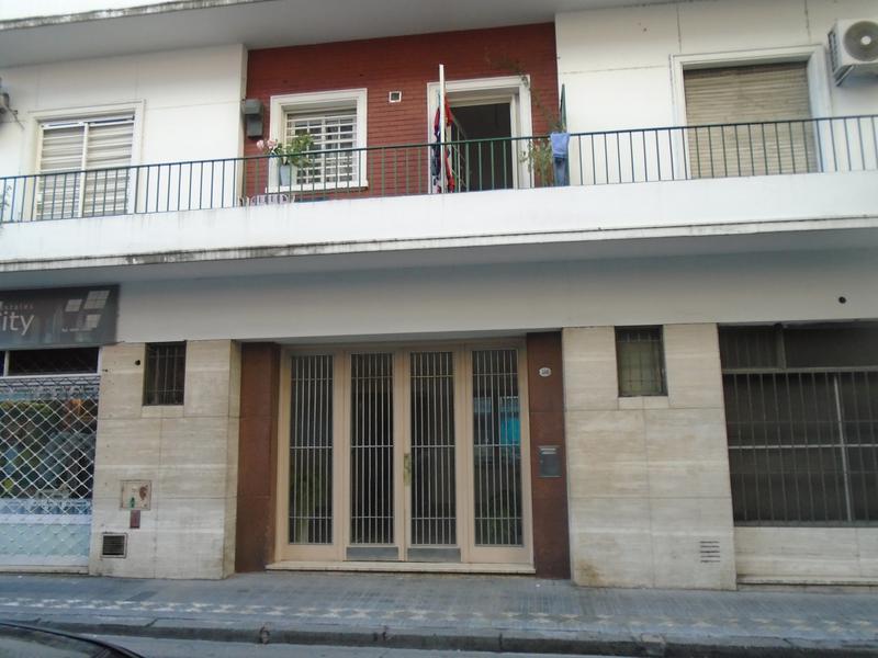 Foto Departamento en Venta en  Monserrat,  Centro  Santiago del Estero al 500