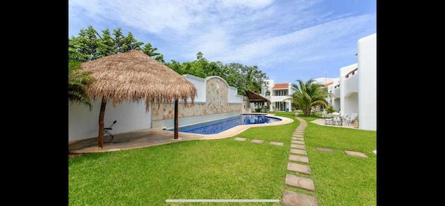 Foto Casa en Venta en  Solidaridad ,  Quintana Roo   HERMOSA CASA  3 HABITACIONES EN RESIDENCIAL PLAYACAR FASE 2