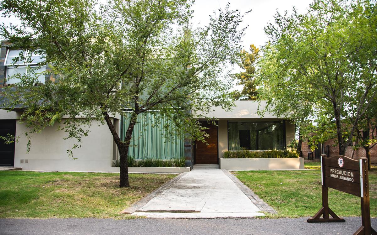 Foto Casa en Venta en  Fisherton,  Rosario  Avenida Jorge Newbery al 8800