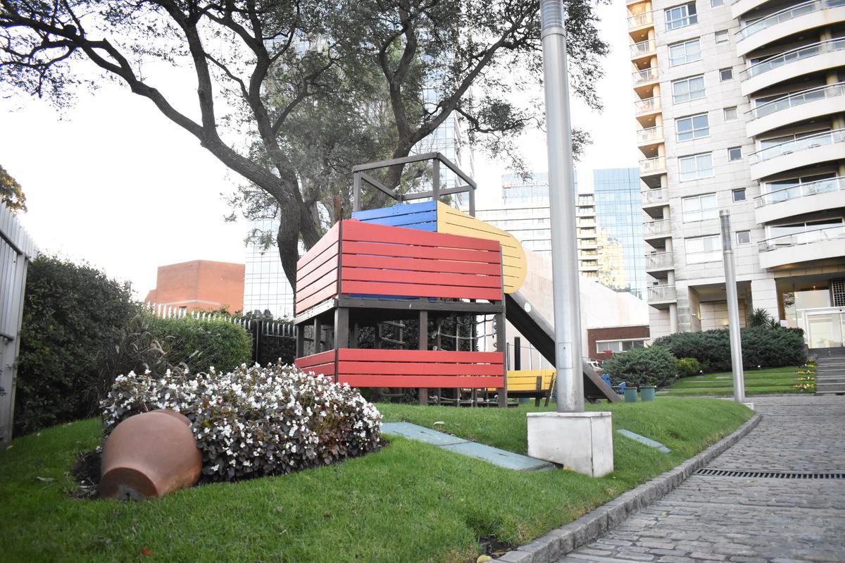 Foto Apartamento en Alquiler   Venta en  Buceo ,  Montevideo  Carlos Sabet Pabet