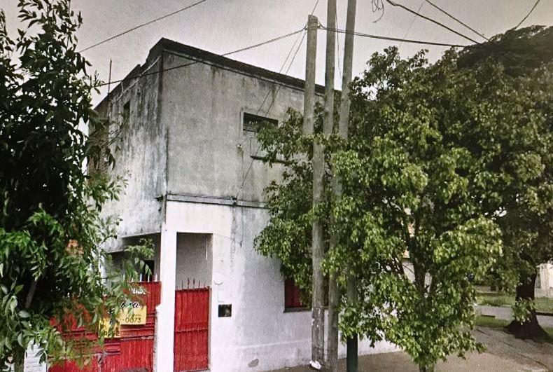 Foto Cochera en Alquiler en  Lomas de Zamora Oeste,  Lomas De Zamora  Gallardon 103
