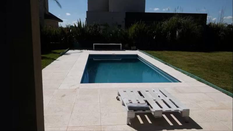 Foto Casa en Venta en  La Horqueta de Echeverría,  Countries/B.Cerrado (E. Echeverría)  Juana de Arco  al 6100
