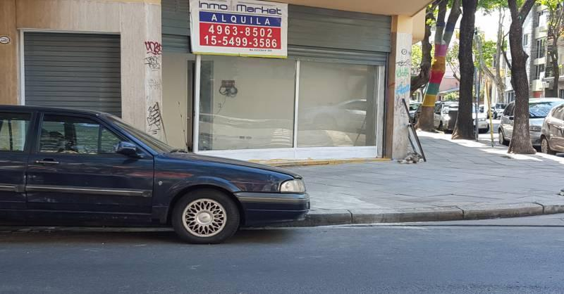 Foto Local en Alquiler en  Chacarita ,  Capital Federal  J. Newbery al 3300