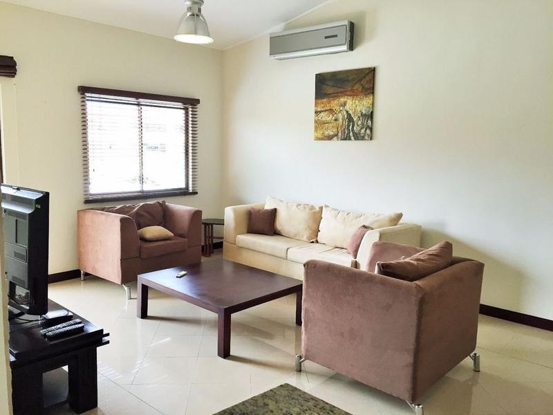 Foto Departamento en Renta en  Santana,  Santa Ana  Apartamento en Santa Ana/ Amueblado/ Gimnasio/ Piscina