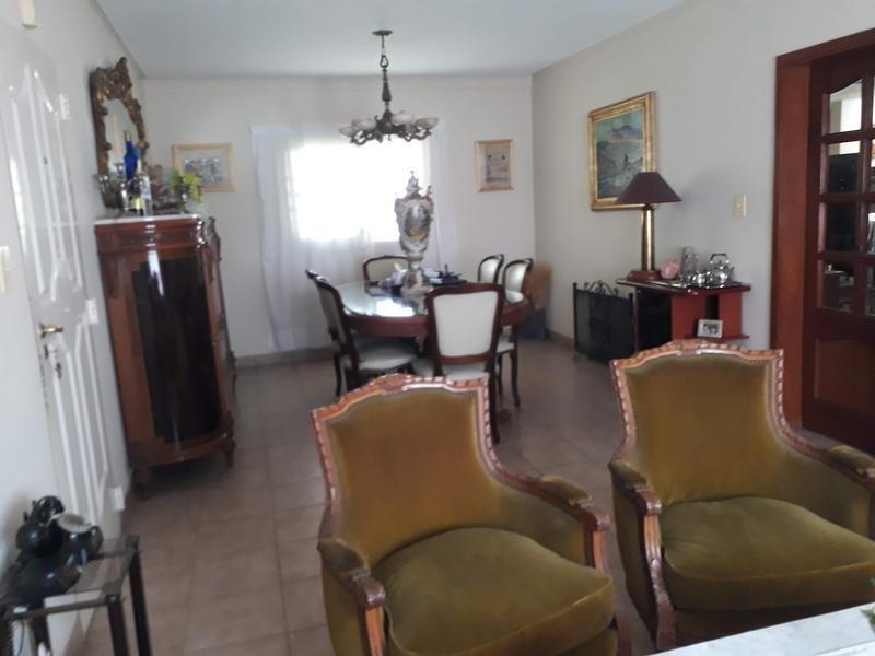 Foto Casa en Venta en  Yerba Buena ,  Tucumán  Bolivia al 1700