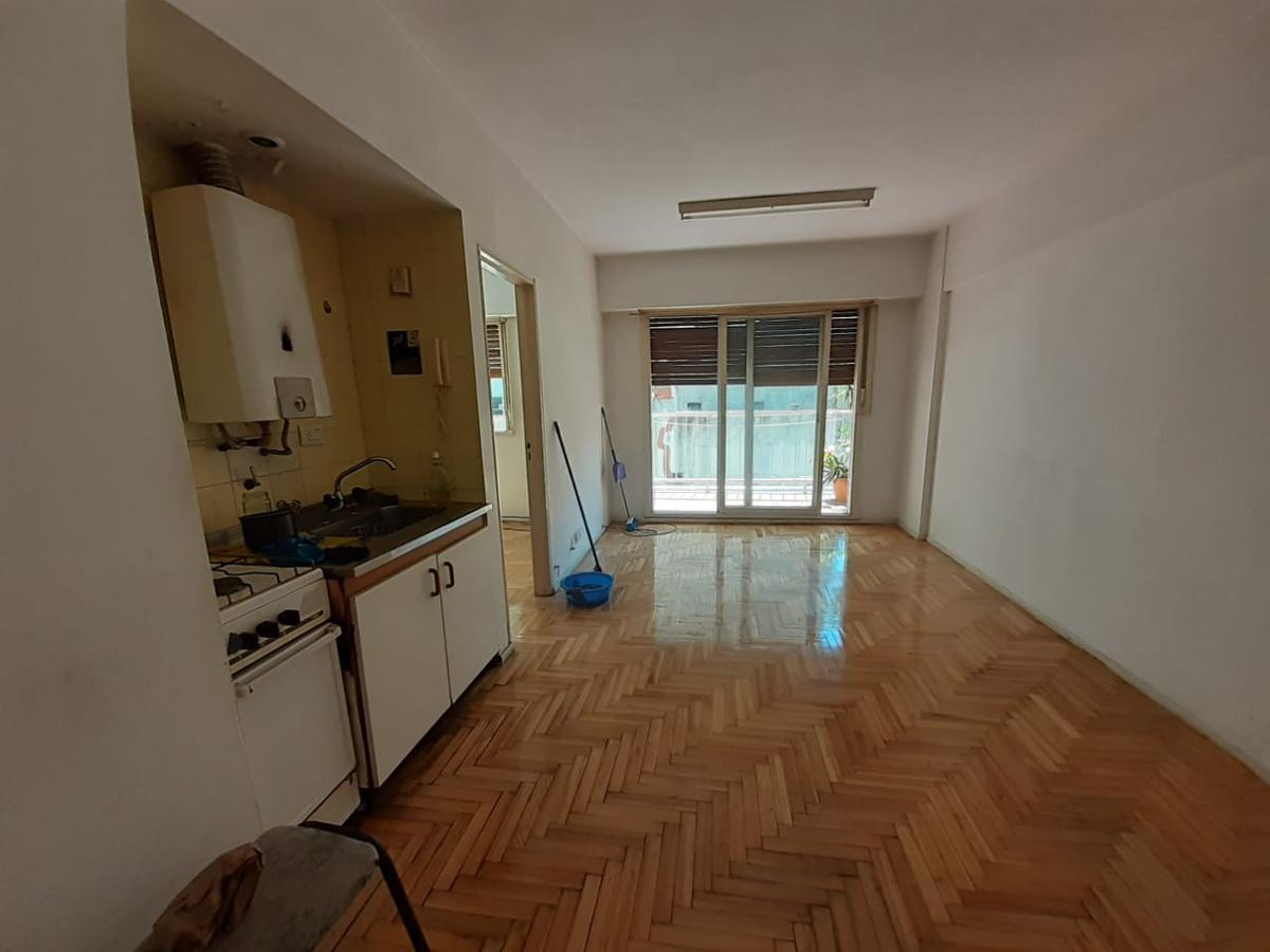 Foto Departamento en Alquiler en  Recoleta ,  Capital Federal  URIBURU al 1000