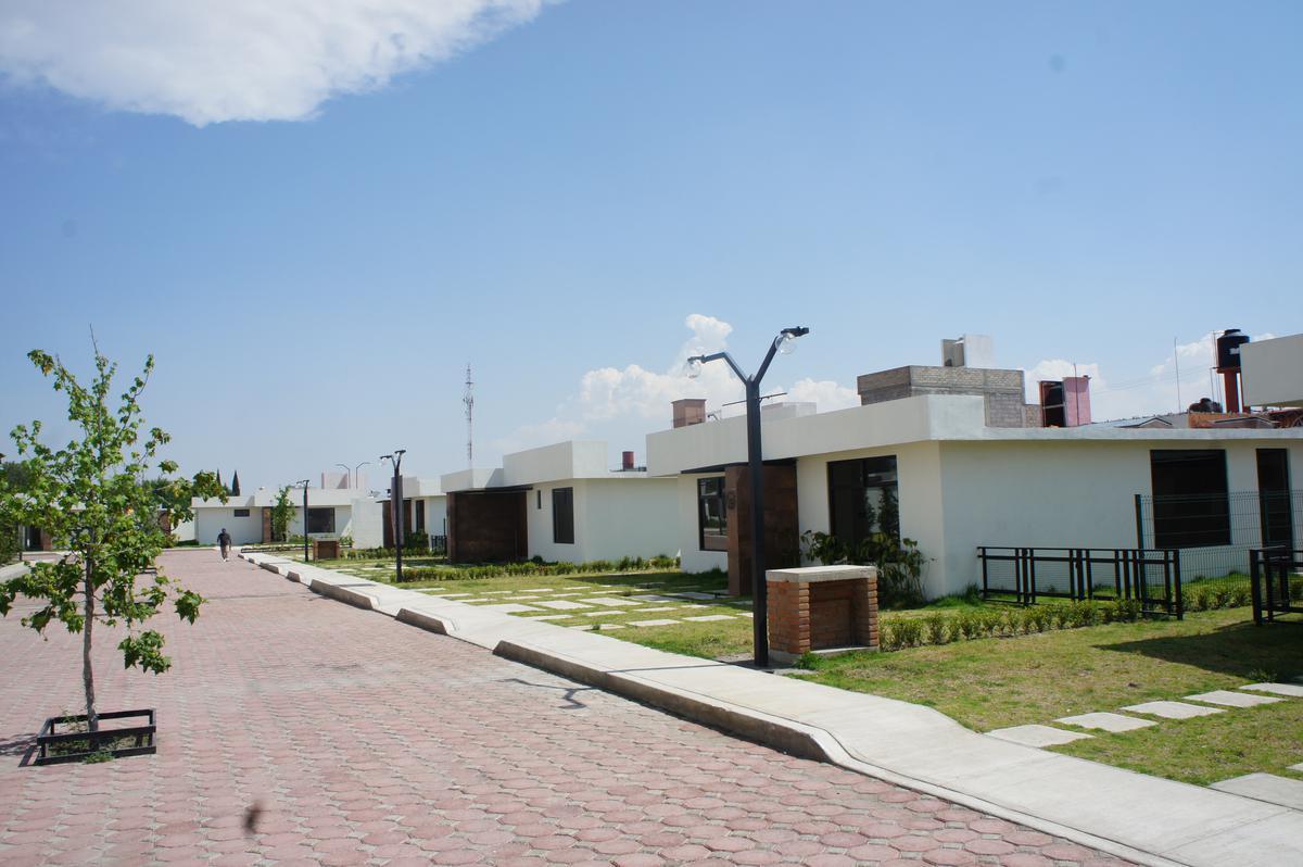 Foto Casa en Venta en  Casa Blanca,  Metepec  Casa de un piso en venta, Casa Blanca, Metepec, Edo. de México
