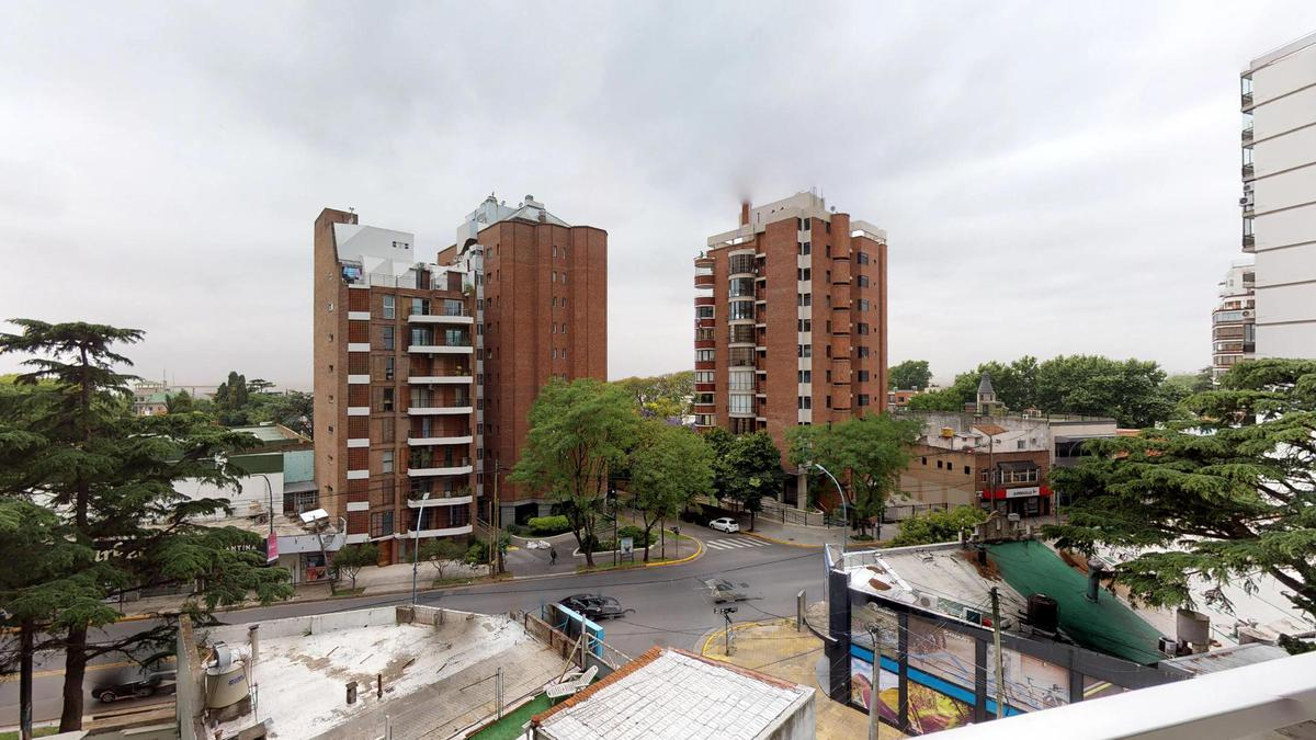Foto Departamento en Venta en  La Lucila,  Vicente Lopez  Av. Libertador al 4050 5ºB