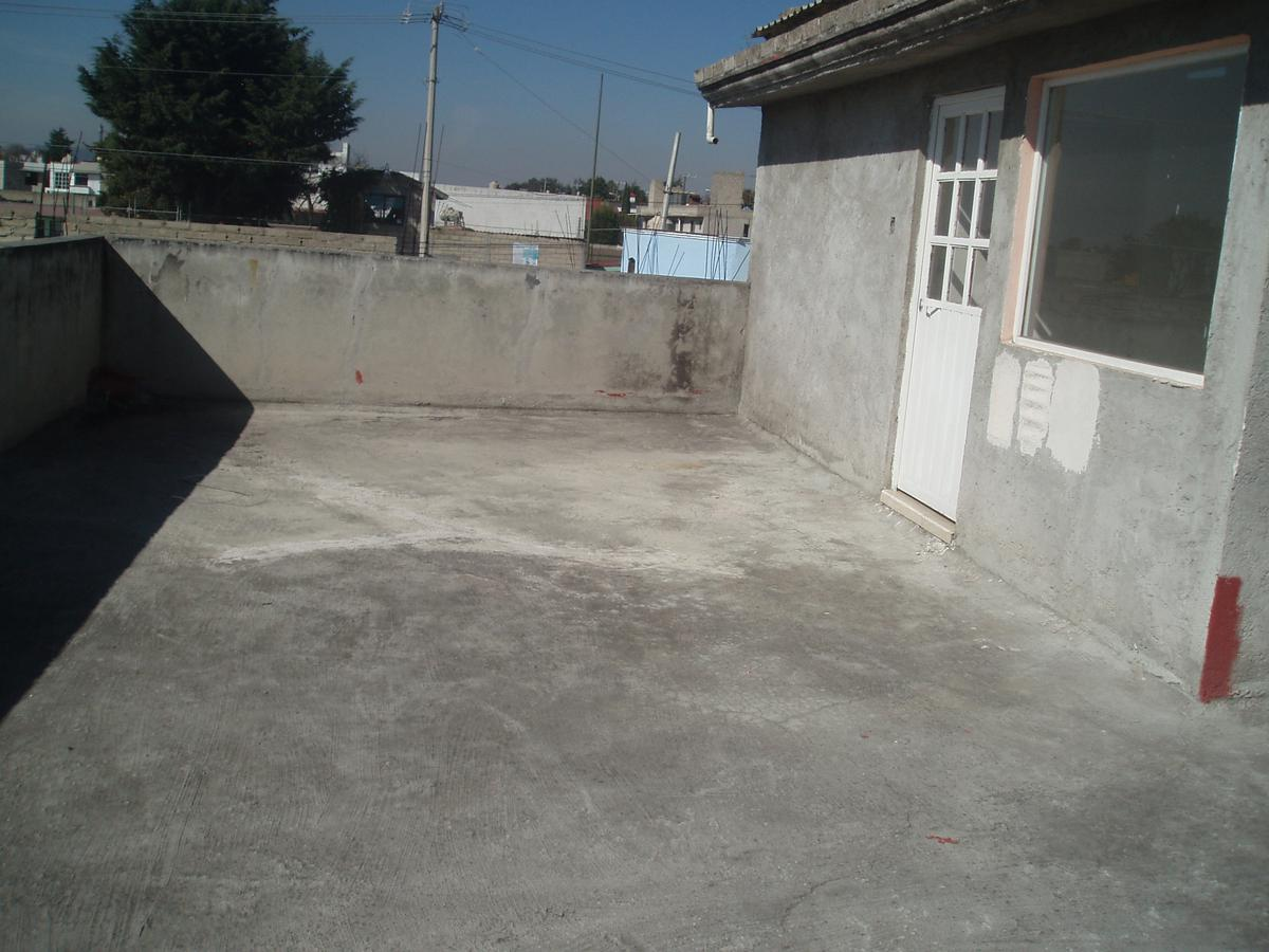 Foto Local en Venta en  Metepec ,  Edo. de México  VENTA DE PLAZA COMERCIAL SOBRE AVENIDA PRINCIPAL, EN LA COLONIA LÁZARO CÁRDENAS,  METEPEC  ESTADO DE MÉXICO, SOLO PARA INVERSIONISTAS