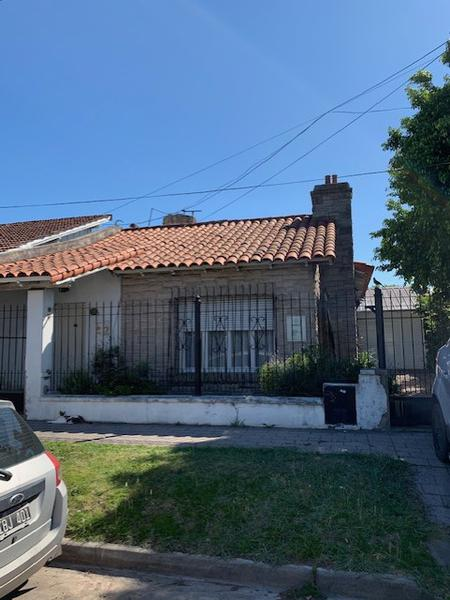 Foto Casa en Venta en  Turdera,  Lomas De Zamora  San Isidro al 1600