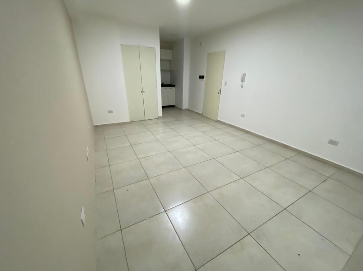 Foto Departamento en Alquiler en  Nueva Cordoba,  Cordoba Capital  Boulevard Chacabuco al 800
