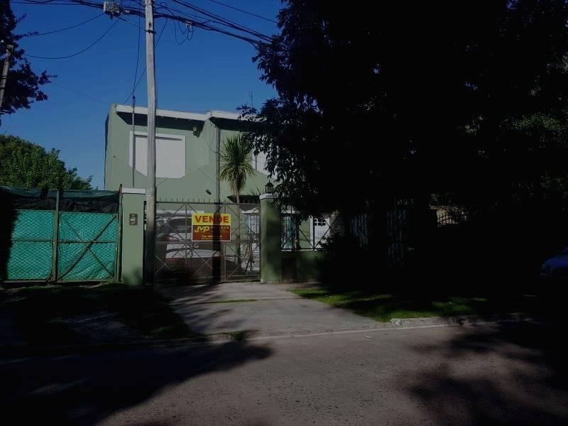 Foto Casa en Venta en  Bella Vista,  San Miguel  Munzon 781