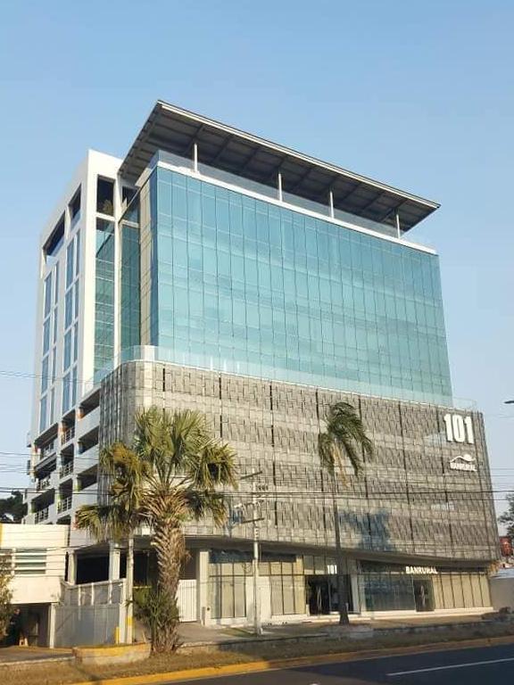 Foto Oficina en Renta en  Ave. Circunvalación,  San Pedro Sula  Local de Oficina en Renta Torre Corporativa 101, San Pedro sula