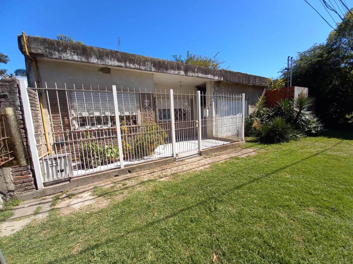 Foto Casa en Venta en  Jose Clemente Paz ,  G.B.A. Zona Norte  Capitan Martinez N°174
