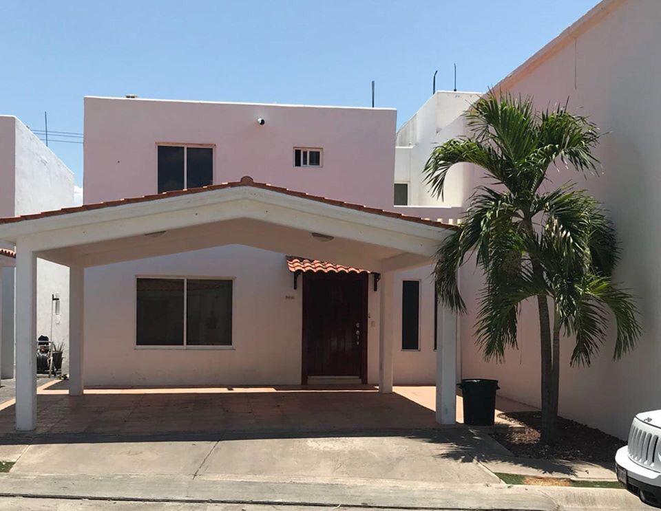 Foto Casa en Renta en  Culiacán ,  Sinaloa  FRACCIONAMIENTO TABACHINES