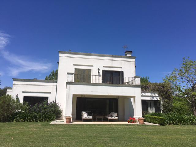Foto Casa en Venta en  La Colina Villa de Campo,  Countries/B.Cerrado  La Colina Viila de Campo