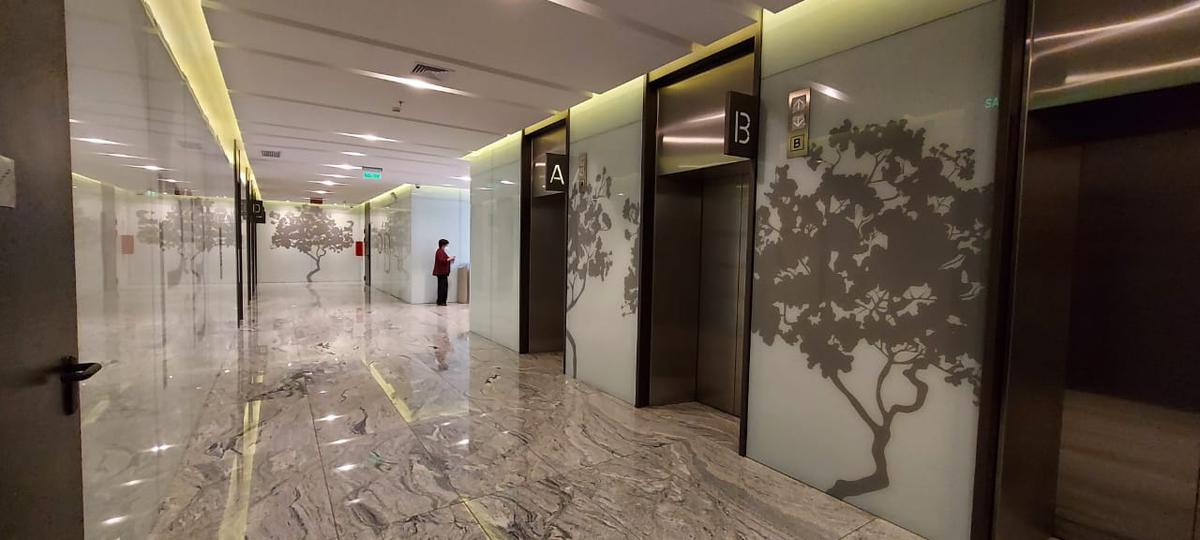 Foto Oficina en Alquiler en  Centro Norte,  Quito  6 DICIEMBRE E INTEROCEÁNICA