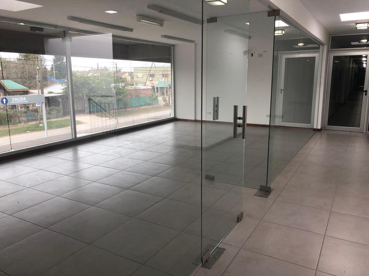 Foto Oficina en Venta,Alquiler en GRAHAM BELL, A. entre CORVALAN y GAONA, AVDA., Moreno | Paso Del Rey | Graham Bell